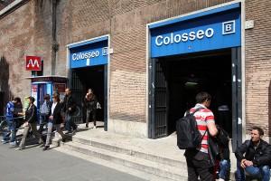 Metro colosseo Rome
