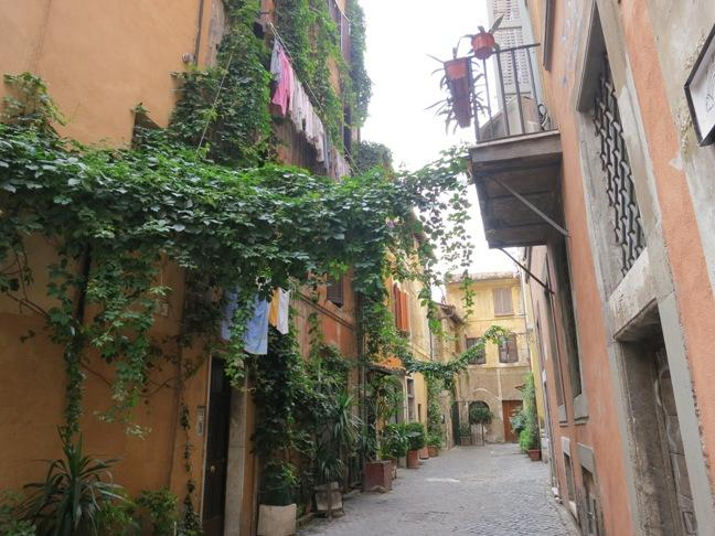 Trastevere Area, Rome – A delightful neighbourhood which oozes character, charm and energy